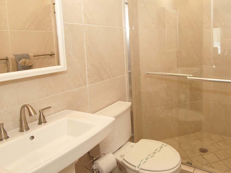 CN 6 Bathroom